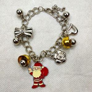 NWT Women Bracelet Jewlery Holiday